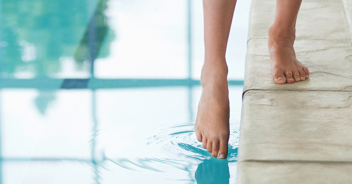 Toenail Discoloration: 6 Potential Causes and How to Treat Them