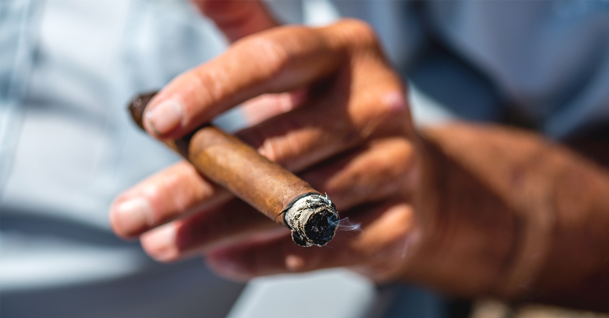 Does cigars have nicotine where to buy electric cigarette maker