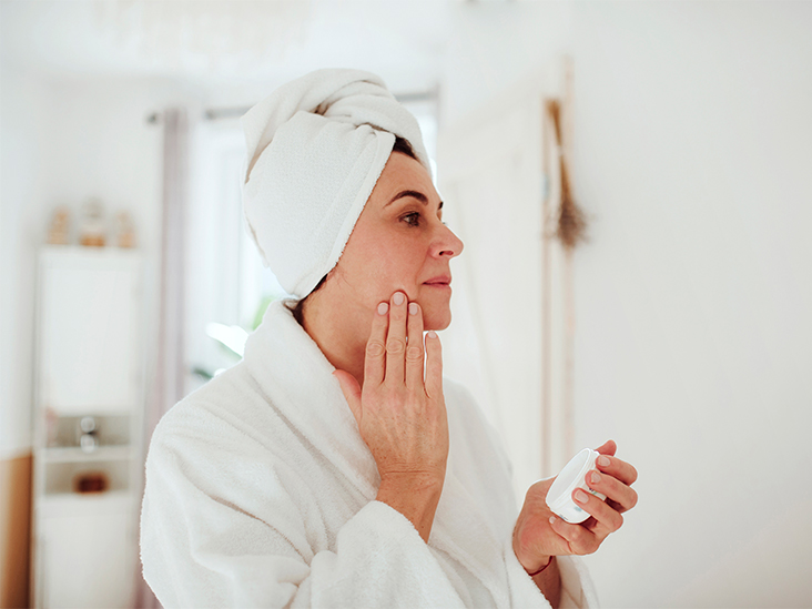 What Noncomedogenic Means in Skin Care Products