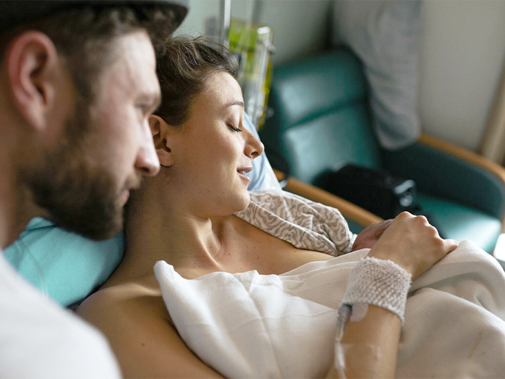 Inducing Labor at 41 Weeks May Be Safer Than 'Wait and See' Approach