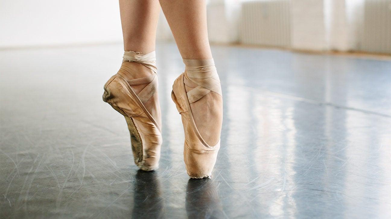 Как балетните танци влияят на краката ви - Болки в ставите