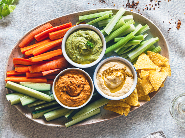 15 Healthy Dips and Spreads