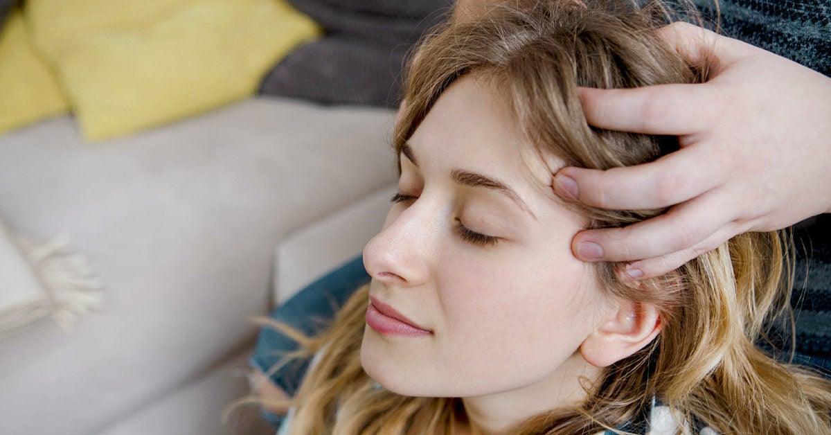 Head Massage Benefits for Headaches, Migraine, Stress, More