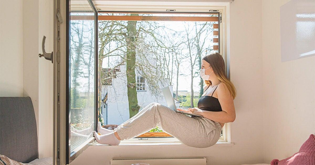 Why Soaking Up the Sun to Treat COVID-19 Isn't a Bright Idea