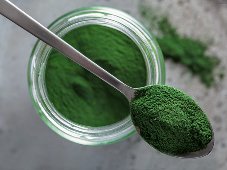 Chlorella vs. Spirulina: What's the Difference?