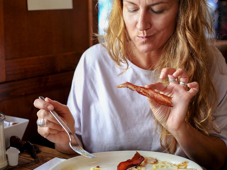 Can Pregnant Women Eat Bacon: Is It Safe?