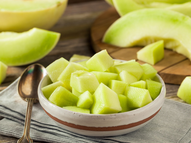 10 Surprising Benefits Of Honeydew Melon May help prevent heart disease. 10 surprising benefits of honeydew melon