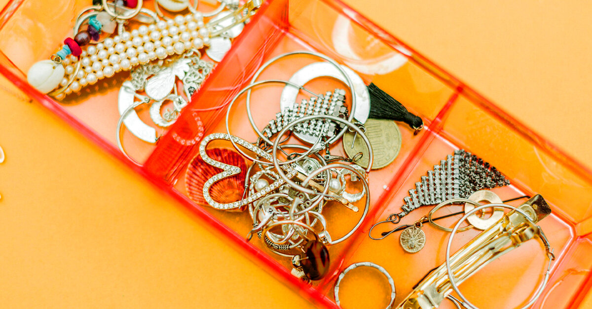 How to Clean Earrings: Gold, Silver, Pearls, Diamonds