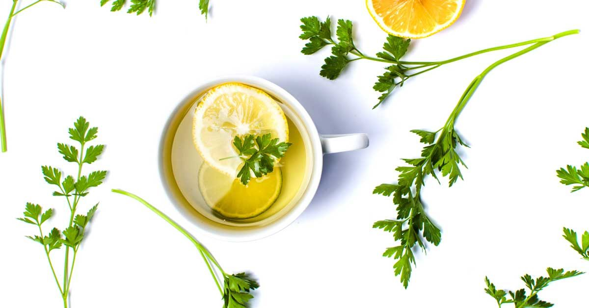 7 Surprising Benefits Of Parsley Tea And How To Make It