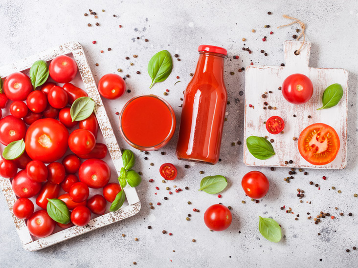 Is Tomato Juice Good for You? Benefits and Downsides