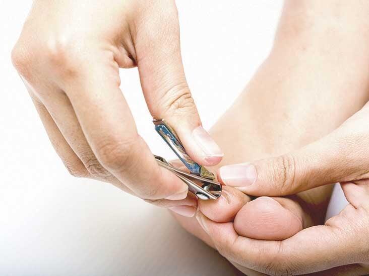Spot under toenail black â