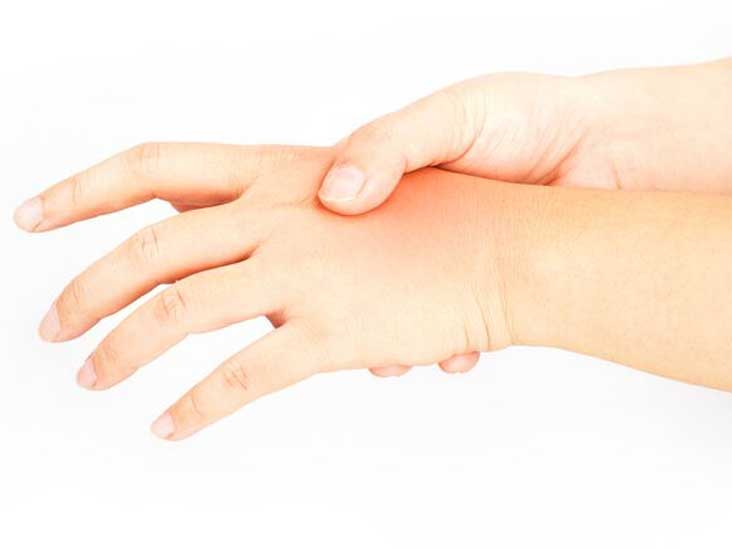 Finger Numbness: Causes, Diagnosis, and Treatment