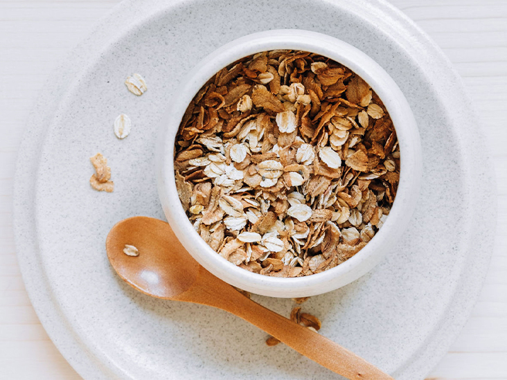 9 Health Benefits of Eating Oats and Oatmeal