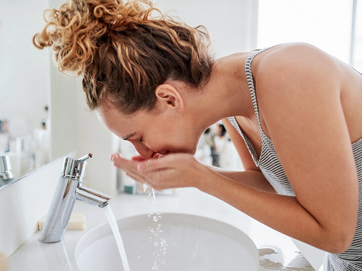 15 Easy Rules for Washing Your Face the Right Way