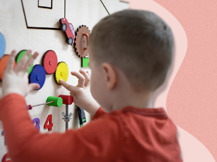 The 12 Best Toys for Kids with Autism   Healthline Parenthood