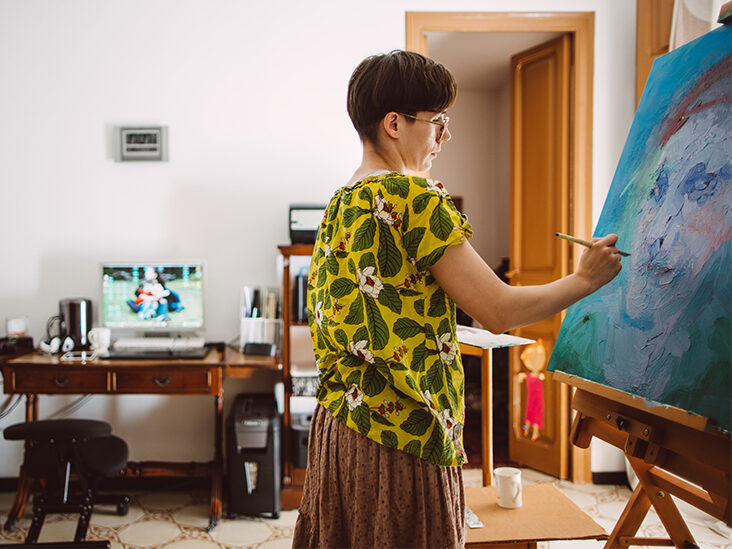 How Does Art Therapy Help with MS Symptoms?