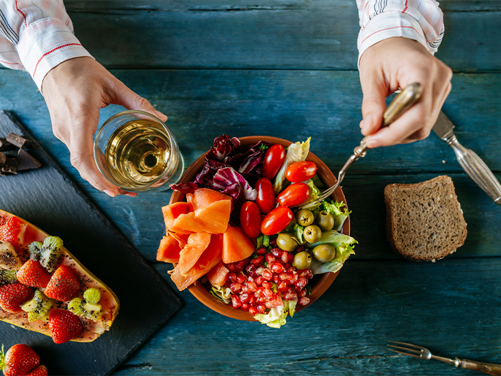 How the '5-a-Day Mix' of Fruits and Vegetables Improves Your Health