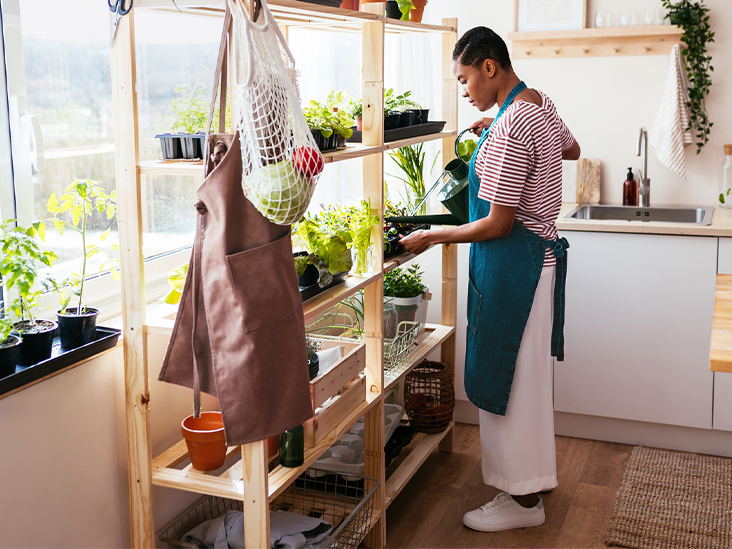 6 Ways to Grow Your Own Food Without a Yard