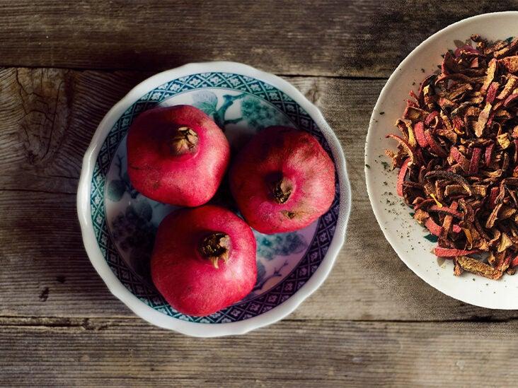 9 Surprising Benefits of Pomegranate Peels