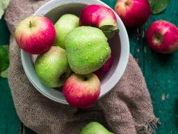 Apples Benefits Nutrition And Tips